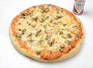 פיצה משפחתית + תוספת  + שתיה 1.5 ל'