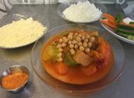 עסקית ירקות מבושלים וגרגירי חומוס  בכור את שושי תל אביב