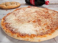 פיצה M + שתייה / לחם שום פומודורי פיצה אשדוד