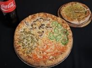 פיצה L משפחתית + לחם שום + בקבוק קוקה קולה 1.5 ליטר פיצה פי 2 גבעתיים בדצ כשר למהדרין