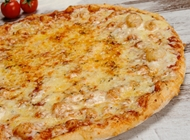 מגש XL פיצה ענקית + 3 מקלות שום + שתייה 1.5 ליטר פיצה דומינו פתח תקווה