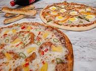 2 מגשי פיצה ענקיים XXL + תוספת לכל מגש + בקבוק שתייה 1.5 ליטר פיצה פורטובלו בת ים