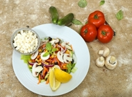 סלט ירקות מאמא פיצה תל אביב