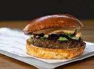 המבורגר 220 גרם ממפיס ירושלים