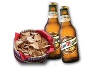 נאצ'וס + 2 בקבוקי בירה סאן מיגל מקסיקנה גריל שרונה מרקט - כשר