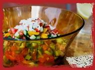 ארוחת סלט קצוץ/ירוק/קינואה גוטה בריא ומהיר מגדלי אלון