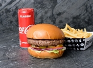 ארוחת אח גדול בראדרס בורגר קרית אונו Brothers Local Burger