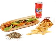ארוחת בגט ישראלי השניצליה חיפה חוף הכרמל
