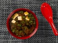 מרק מיסו Miso מיסו איסייתית טבעונית