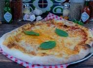 עסקית פיצה אישית מלדיני פיצה בר נס ציונה