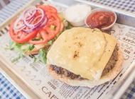 צ'יזבורגר (160 גרם) המגרש הביתי פתח תקווה